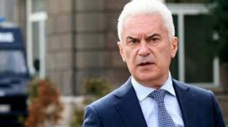 Волен Сидеров: Елен Герджиков от името на Борисов ли говори?!